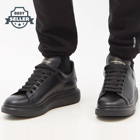 알렉산더 맥퀸 오버솔 스니커즈 - 올블랙 Alexander McQueen Raised-sole low-top leather trainers